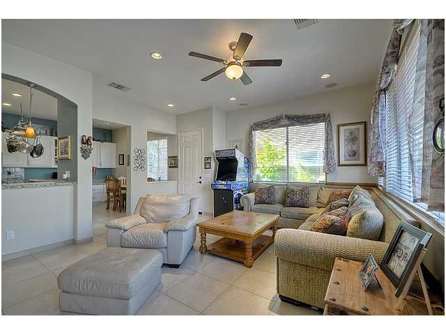 Photo 6: Photos: SCRIPPS RANCH Townhome for sale : 3 bedrooms : 11821 Miro Circle in San Diego