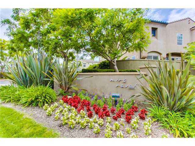 Photo 2: Photos: SCRIPPS RANCH Townhome for sale : 3 bedrooms : 11821 Miro Circle in San Diego