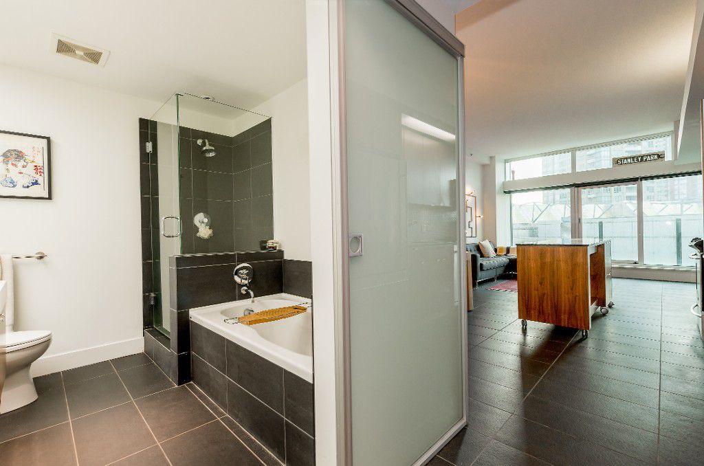 Photo 12: Photos: 705 33 W. Pender in Vancouver: Condo for sale (Vancouver West)  : MLS®# R2030306