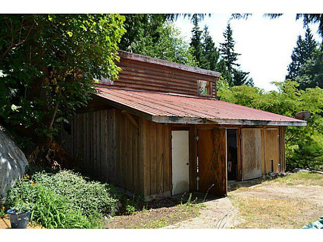 "Photo 4: Photos: 8020 REDROOFFS Road in Halfmoon Bay: Halfmn Bay Secret Cv Redroofs House for sale in ""REDROOFFS ROAD"" (Sunshine Coast)  : MLS®# V1014108"