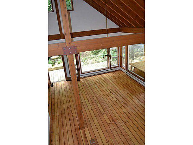 "Photo 6: Photos: 8020 REDROOFFS Road in Halfmoon Bay: Halfmn Bay Secret Cv Redroofs House for sale in ""REDROOFFS ROAD"" (Sunshine Coast)  : MLS®# V1014108"