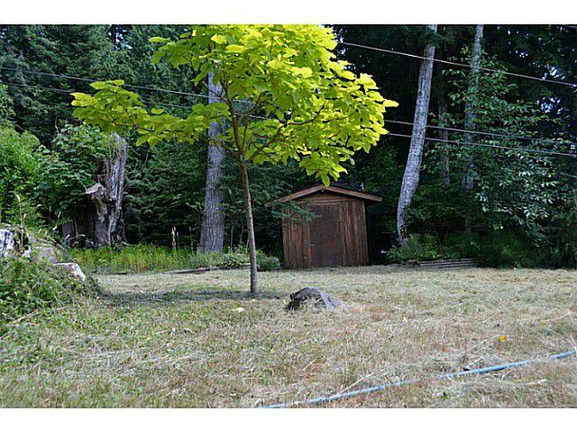 "Photo 14: Photos: 8020 REDROOFFS Road in Halfmoon Bay: Halfmn Bay Secret Cv Redroofs House for sale in ""REDROOFFS ROAD"" (Sunshine Coast)  : MLS®# V1014108"