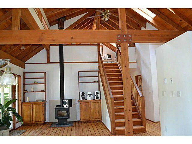"Photo 5: Photos: 8020 REDROOFFS Road in Halfmoon Bay: Halfmn Bay Secret Cv Redroofs House for sale in ""REDROOFFS ROAD"" (Sunshine Coast)  : MLS®# V1014108"