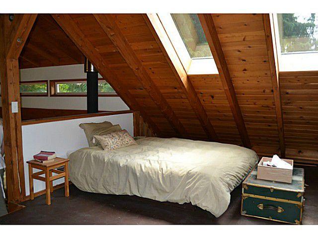 "Photo 11: Photos: 8020 REDROOFFS Road in Halfmoon Bay: Halfmn Bay Secret Cv Redroofs House for sale in ""REDROOFFS ROAD"" (Sunshine Coast)  : MLS®# V1014108"