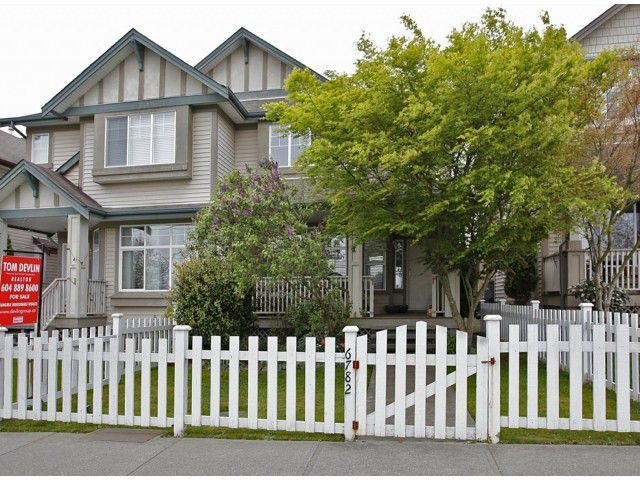 Main Photo: 6782 184 ST in Surrey: Cloverdale BC Condo for sale (Cloverdale)  : MLS®# F1437189