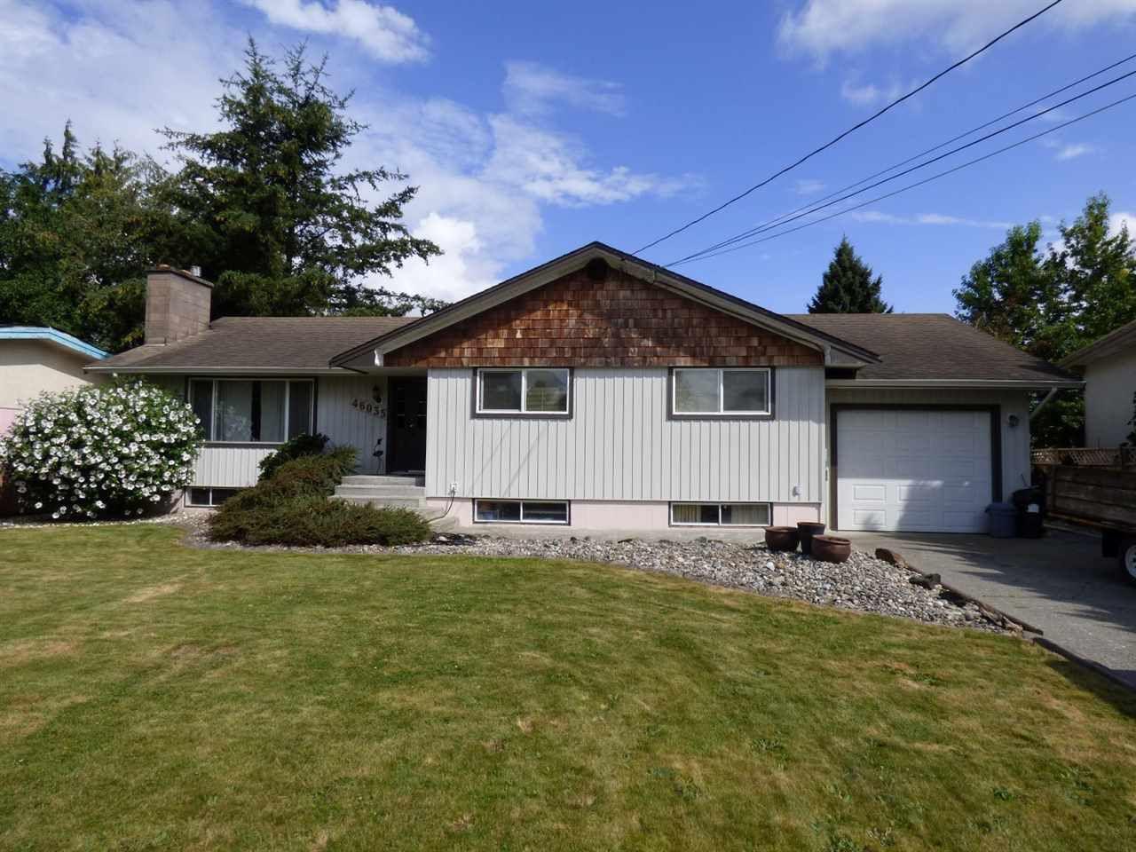 Main Photo: 46035 Avalon Avenue in Chilliwack: Fairfield Island House for sale