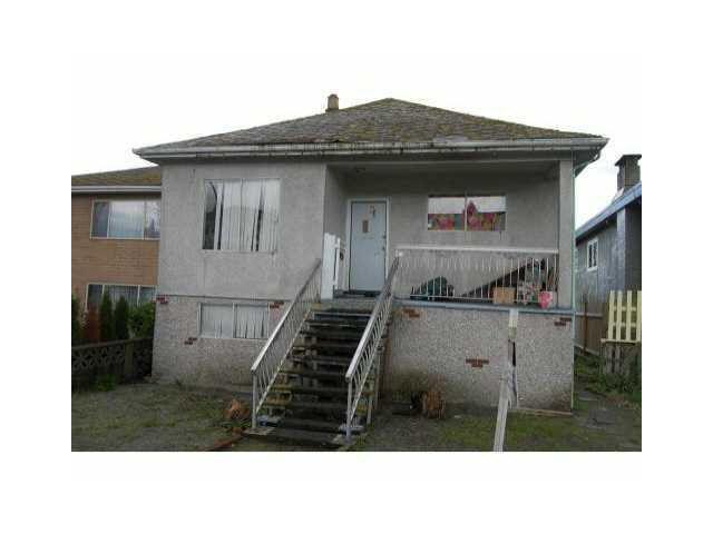 Main Photo: 832 E 38TH AVENUE in : Fraser VE House for sale : MLS®# V907705