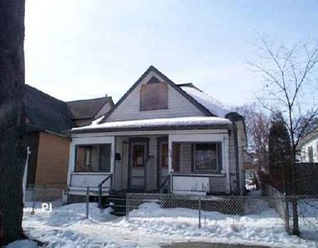 Main Photo: 496 BOYD: Residential for sale (North End)  : MLS®# 2603889