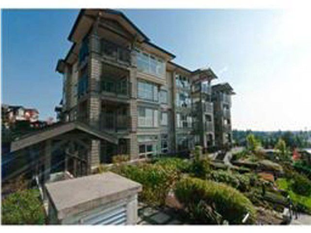 Main Photo: 105 3082 DAYANEE SPRINGS Boulevard in Coquitlam: Westwood Plateau Condo for sale : MLS®# V972696