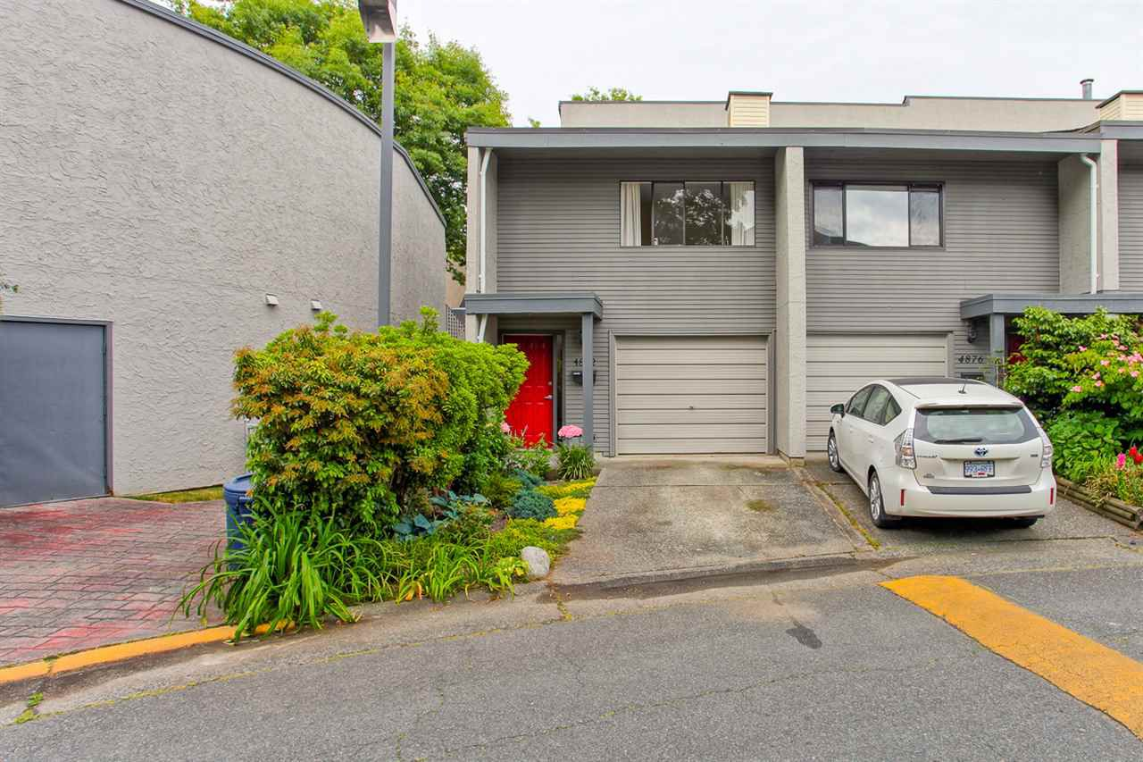 Main Photo: 4882 TURNBUCKLE WYND in Delta: Ladner Elementary Townhouse for sale (Ladner)  : MLS®# R2072644