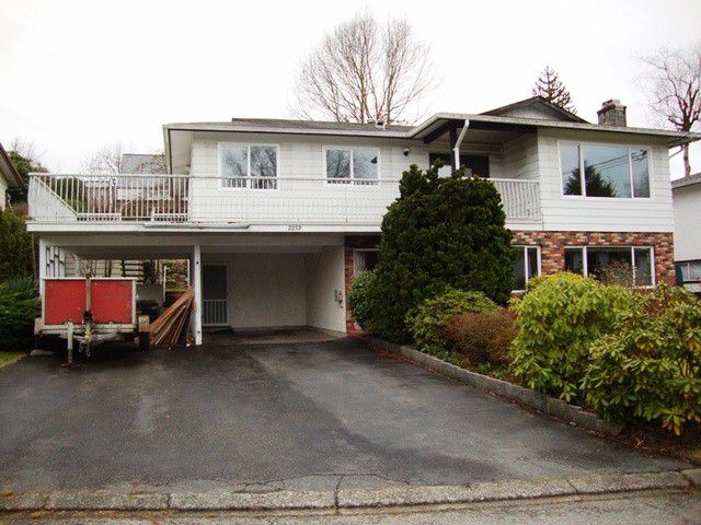 Main Photo: 2253 BEDFORD PL in Abbotsford: Abbotsford West House for sale : MLS®# F1405510