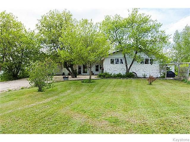 Main Photo: 704 Lockport Road in Lockport: Single Family Detached for sale : MLS®# 1529466