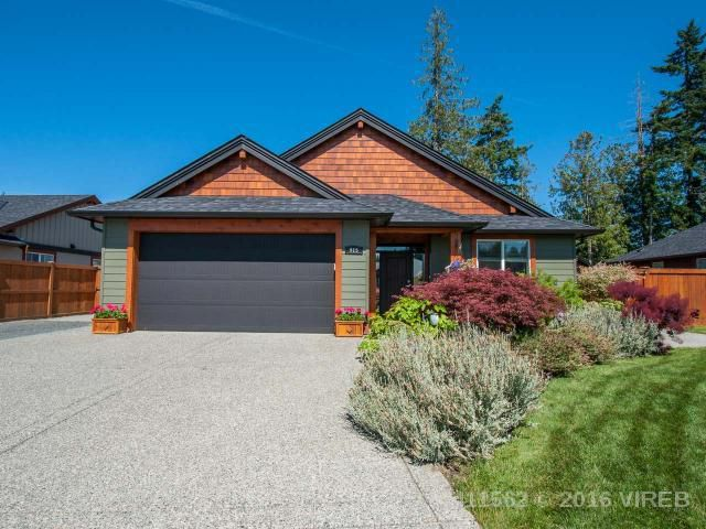 Main Photo: 915 SANIKA Close in FRENCH CREEK: Z5 French Creek House for sale (Zone 5 - Parksville/Qualicum)  : MLS®# 411562