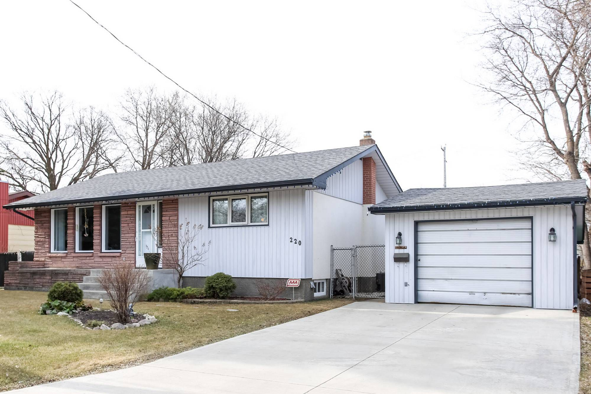 Main Photo: Sold! Selkirk Mb