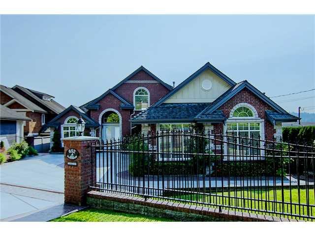 Main Photo: 652 ALDERSIDE RD in Port Moody: North Shore Pt Moody House for sale : MLS®# V987422