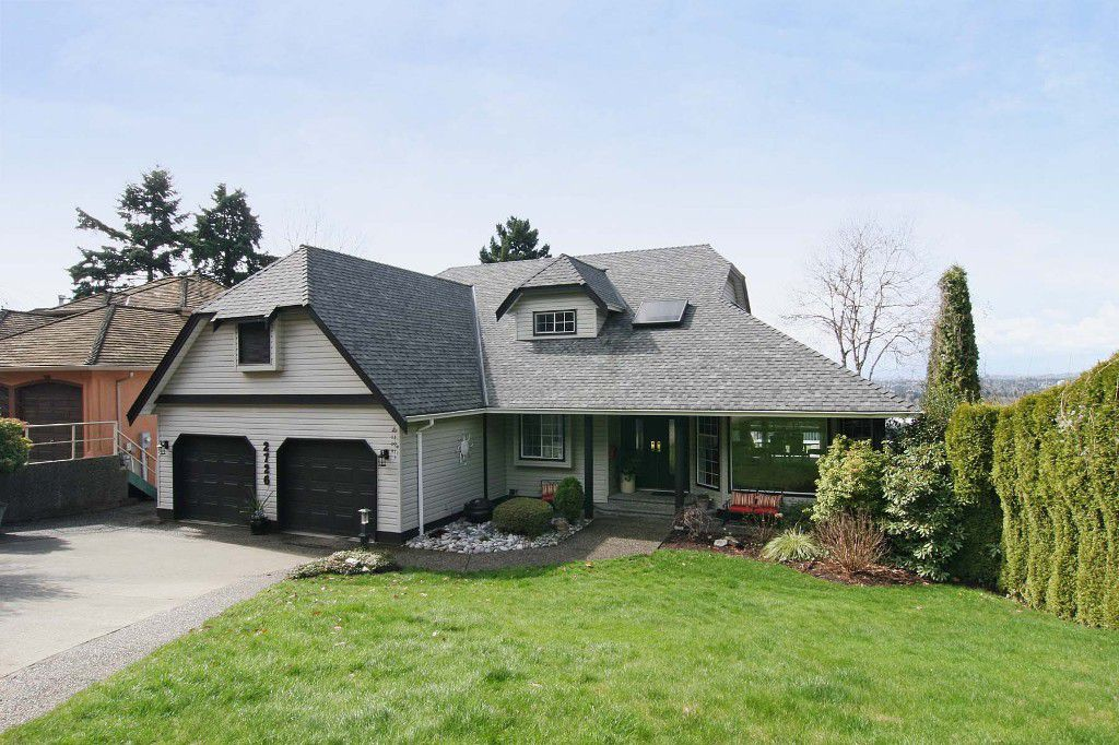 """Main Photo: 2726 ST MORITZ Way in Abbotsford: Abbotsford East House for sale in """"Glen Mountain"""" : MLS®# F1306871"""