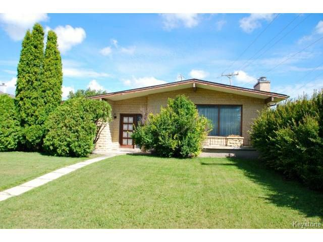 Main Photo: 3 Sanderson Avenue in WINNIPEG: Maples / Tyndall Park Residential for sale (North West Winnipeg)  : MLS®# 1317461