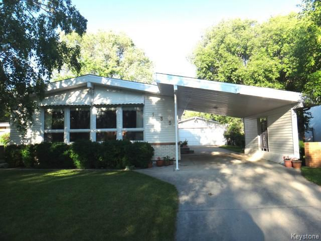 Photo 1: Photos: 135 Old Mill Road in WINNIPEG: St James Residential for sale (West Winnipeg)  : MLS®# 1416292