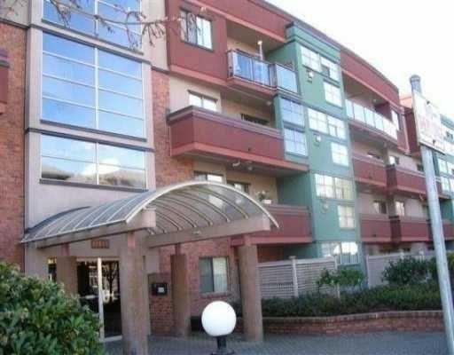 """Main Photo: 305 12025 207A ST in Maple Ridge: Northwest Maple Ridge Condo for sale in """"ANTRUM"""" : MLS®# V568809"""