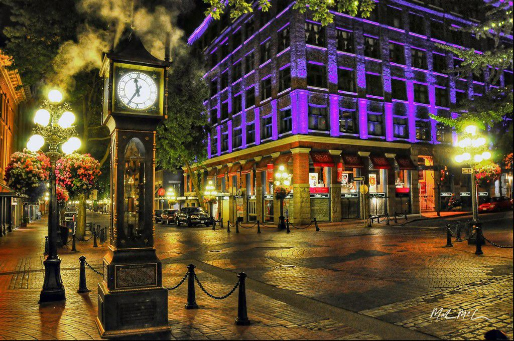 Main Photo: ~ GASTOWN RESTAURANT ~ in Vancouver West: Downtown VW Home for sale : MLS®# V4042307