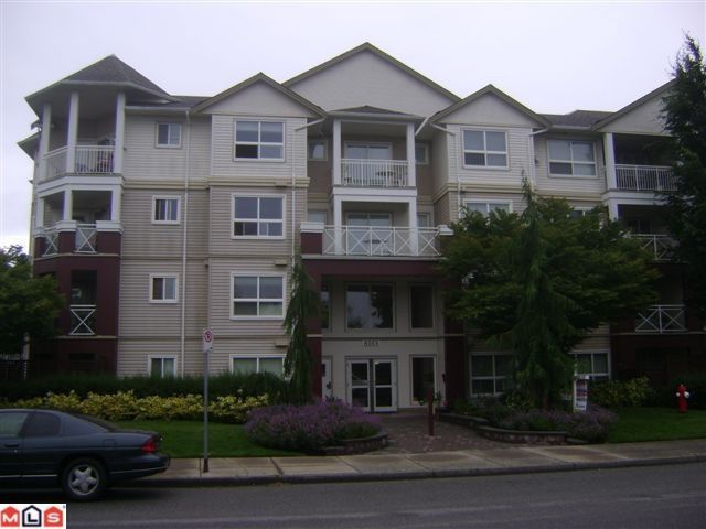 """Main Photo: 105 8068 120A Street in Surrey: Queen Mary Park Surrey Condo for sale in """"MELROSE PLACE"""" : MLS®# F1219061"""