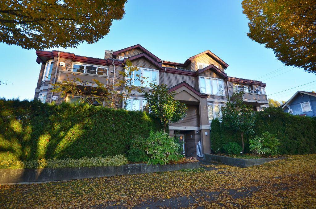 Main Photo: 3218 ONTARIO ST Vancouver V5V3E5