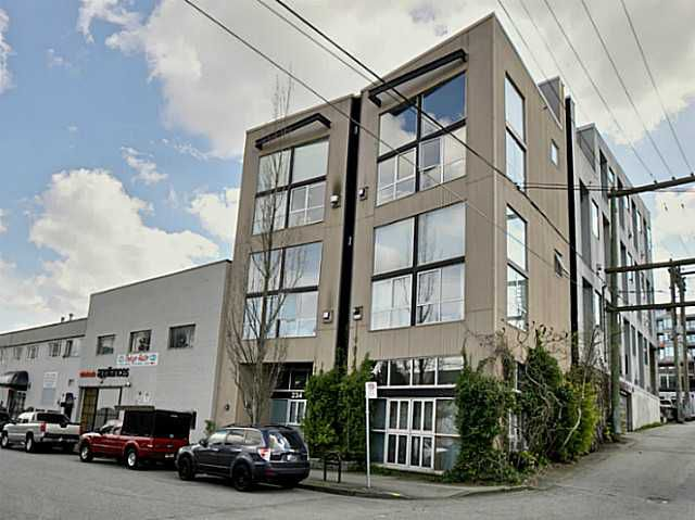 Main Photo: # 203 234 E 5TH AV in Vancouver: Mount Pleasant VE Condo for sale (Vancouver East)  : MLS®# V1112379