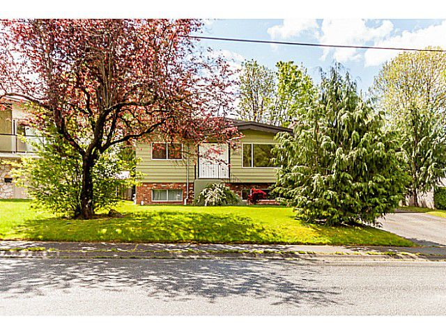 Main Photo: 34672 MILA ST in Abbotsford: Abbotsford East House for sale : MLS®# F1439712