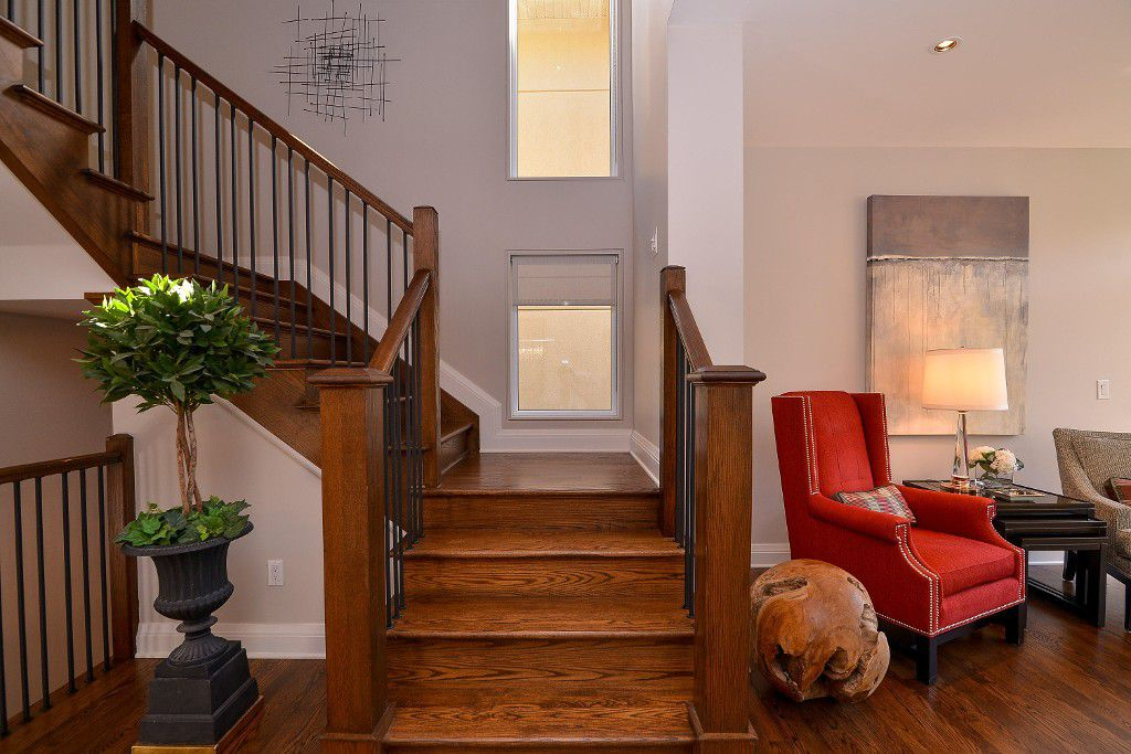 Photo 13: Photos: : House for sale : MLS®#  887388