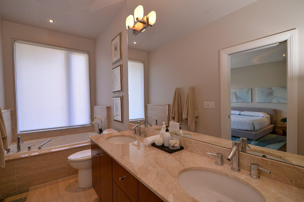 Photo 15: Photos: : House for sale : MLS®#  887388