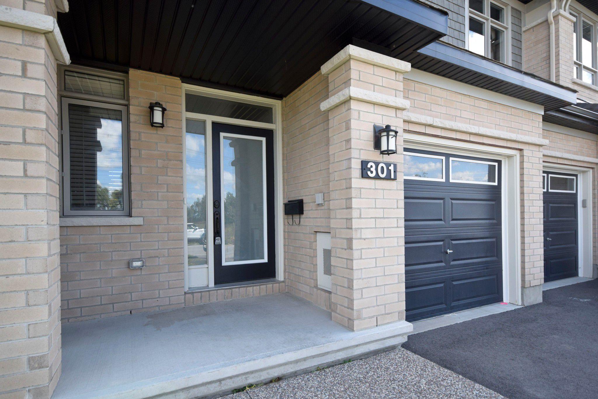 Photo 5: Photos: 301 Livery Street Stittsville Ottawa ON 255