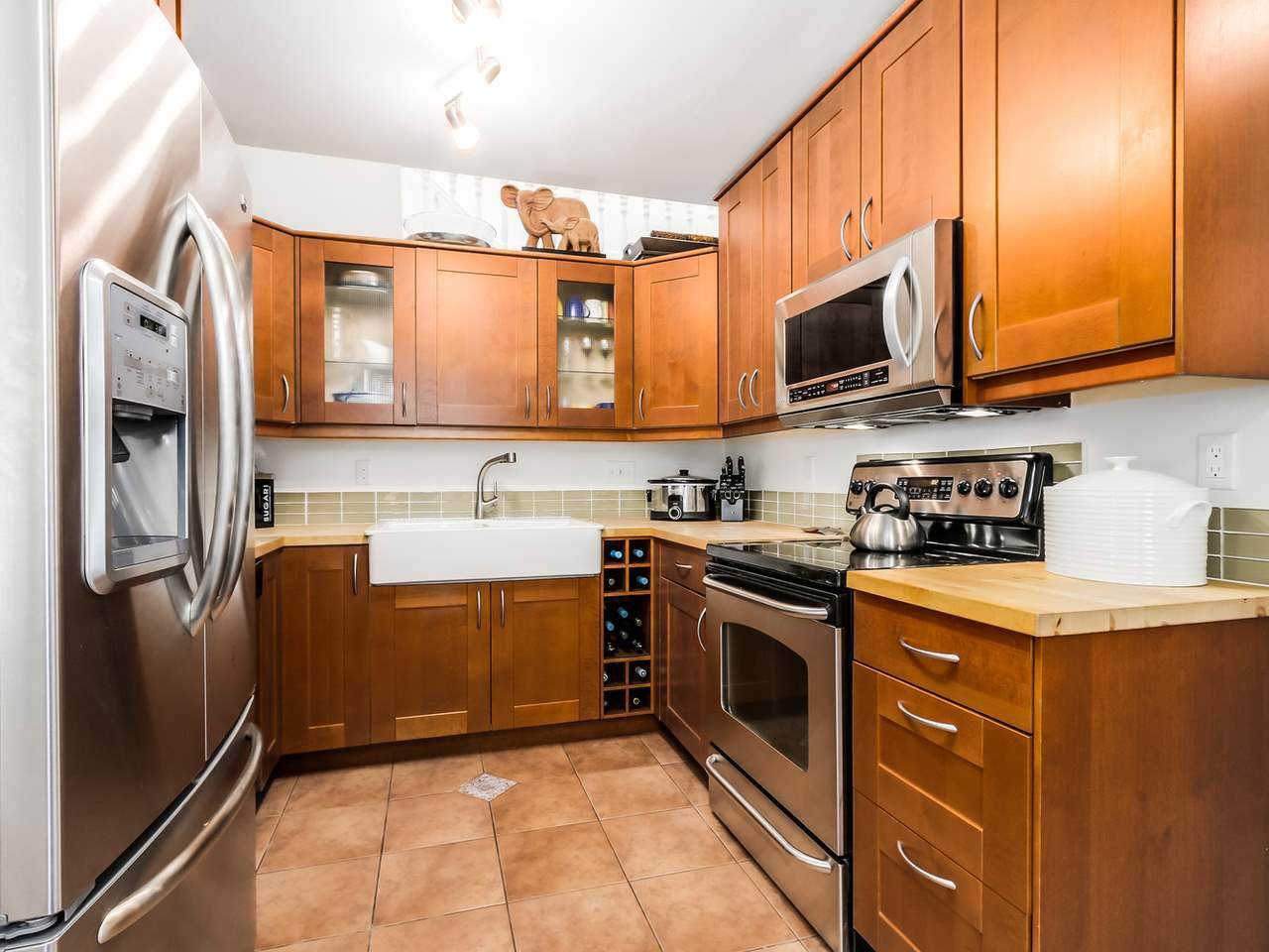 Photo 10: Photos: 2 269 E KEITH ROAD in North Vancouver: Lower Lonsdale House 1/2 Duplex for sale : MLS®# R2025742