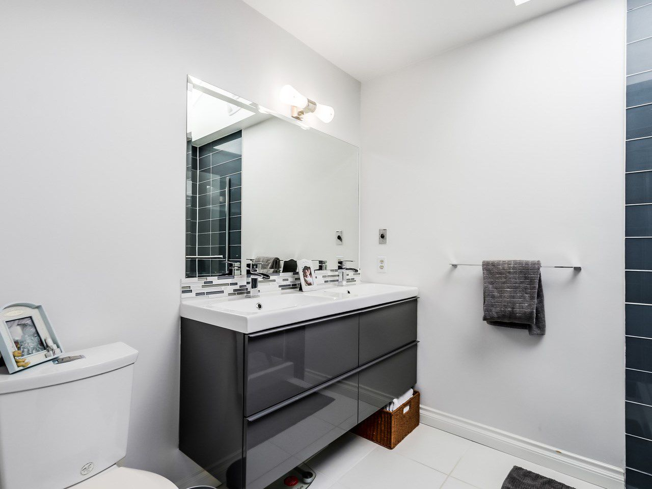 Photo 12: Photos: 2 269 E KEITH ROAD in North Vancouver: Lower Lonsdale House 1/2 Duplex for sale : MLS®# R2025742