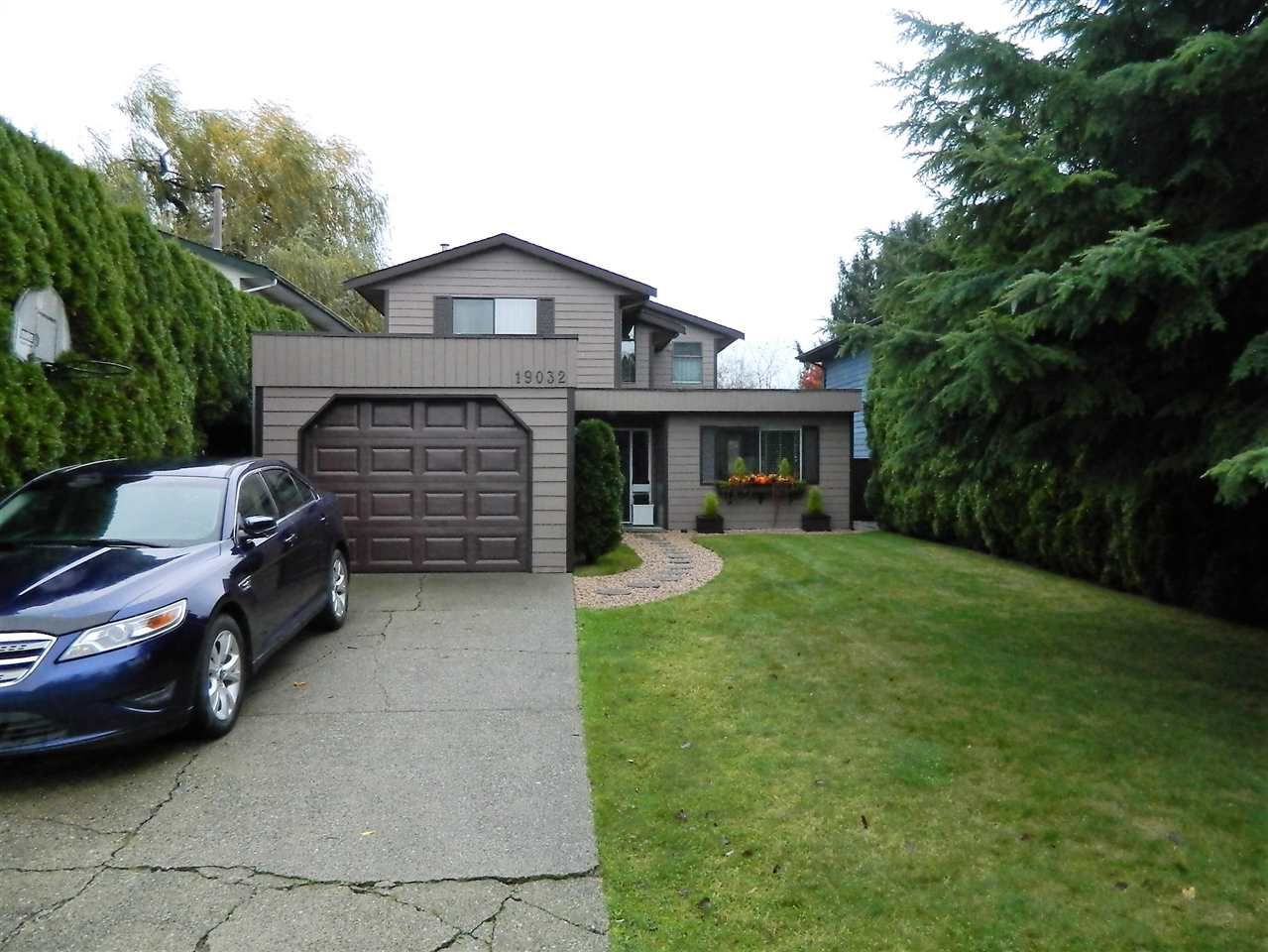 Main Photo: 19032 117A AVENUE in Pitt Meadows: Central Meadows House for sale : MLS®# R2120274
