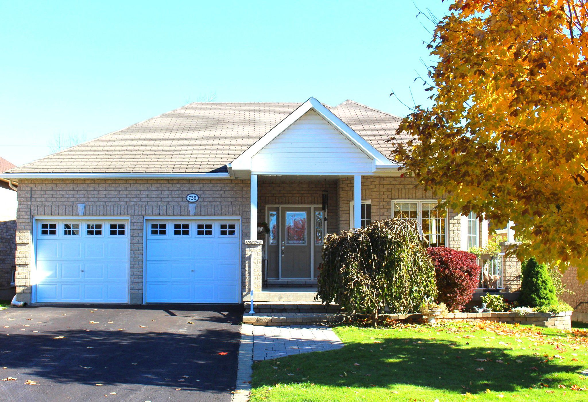 Main Photo: 736 Prince of Wales Drive in Cobourg: Residential Detached for sale : MLS®# 162640