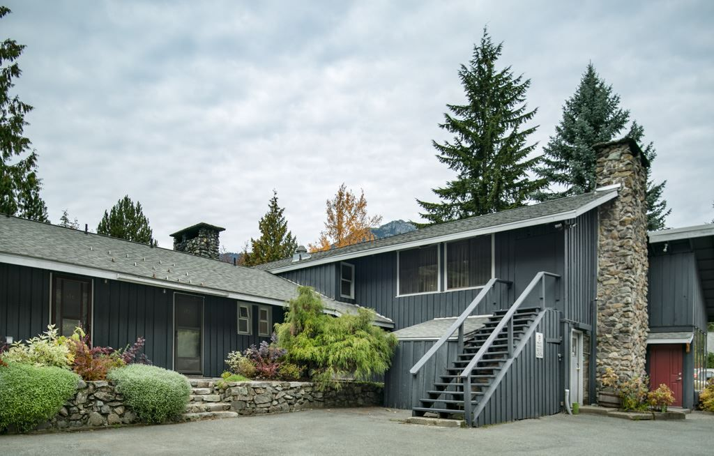 Main Photo: 415 2117 WHISTLER ROAD in Whistler: Nordic Condo  : MLS®# R2312238
