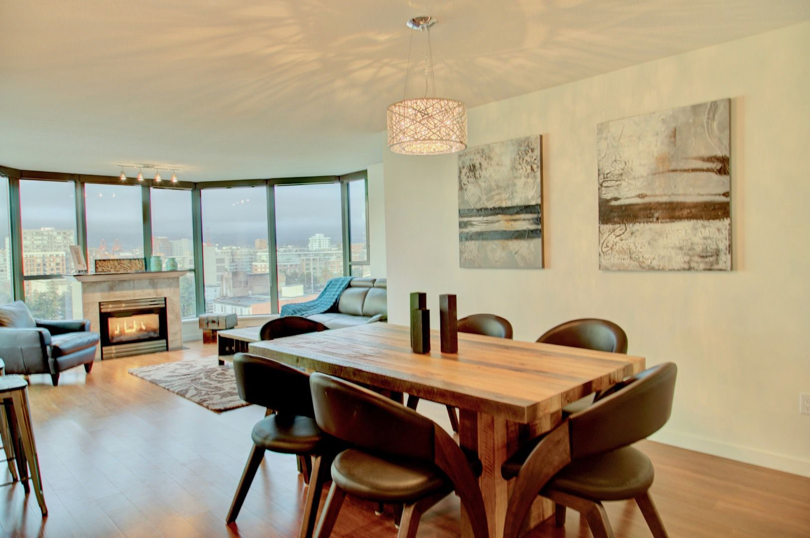 Main Photo: 1088 Quebec in Vancouver: Condo for lease