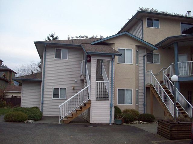 Main Photo: 2 5770 Vedder Road in Chilliwack: Townhouse for sale : MLS®# h1300269
