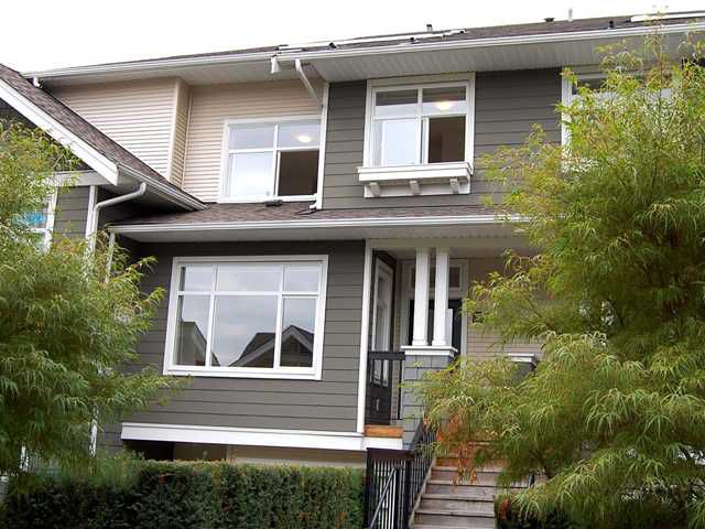 Main Photo: #998 8978 Southpoint Drive in Burnaby: South Slope Townhouse for sale (Burnaby South)  : MLS®# V909523