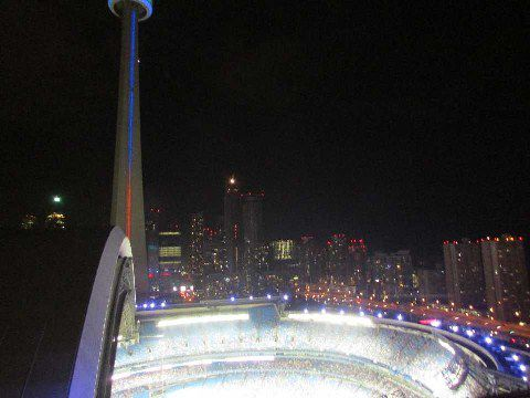 Main Photo: 13 81 Navy Wharf Court in Toronto: Waterfront Communities C1 Condo for lease (Toronto C01)  : MLS®# C3000290