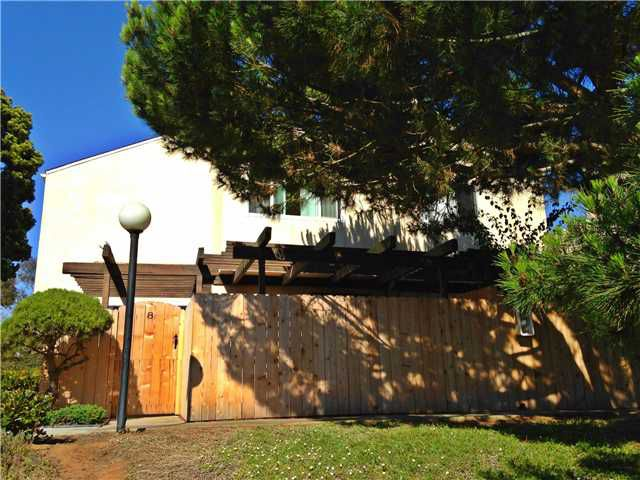 Main Photo: UNIVERSITY CITY Townhome for sale : 3 bedrooms : 4484 Eastgate Mall #8 in San Diego
