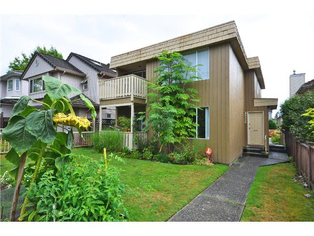"""Main Photo: 8332 SHAUGHNESSY Street in Vancouver: Marpole House Duplex for sale in """"MARPOLE"""" (Vancouver West)  : MLS®# V1025315"""