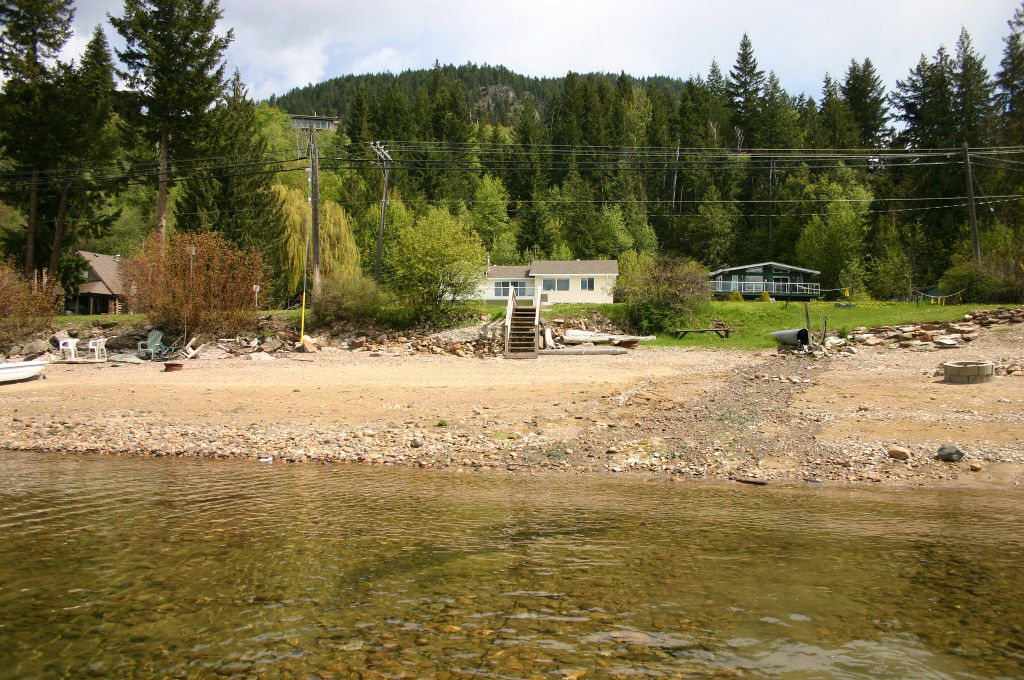 Main Photo: 2494 Eagle Bay Road: Blind Bay House for sale (South Shuswap)  : MLS®# 10081614