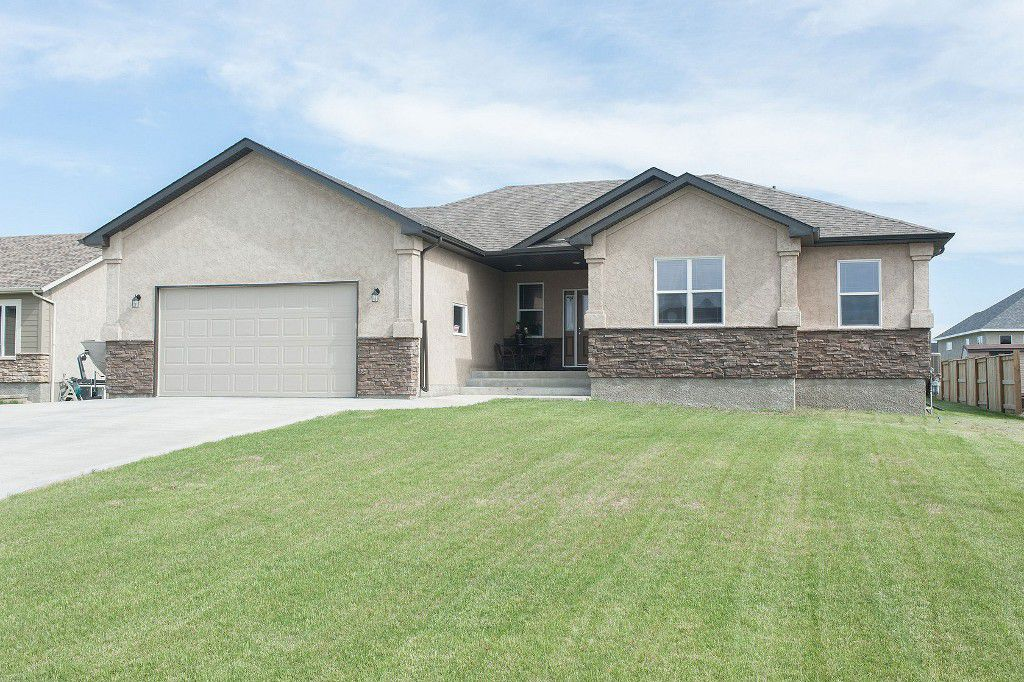Main Photo: 3 Daniel Bay in Oakbank: Single Family Detached for sale : MLS®# 1413834