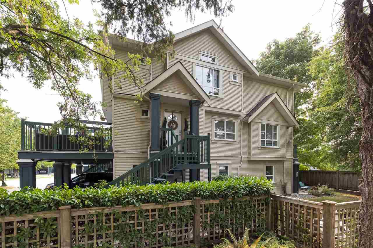Main Photo: 27 4787 57 STREET in Delta: Delta Manor Townhouse for sale (Ladner)  : MLS®# R2295923