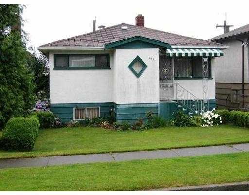Main Photo: 3271 E 18TH AV in Vancouver: Renfrew Heights House for sale (Vancouver East)  : MLS®# V568156