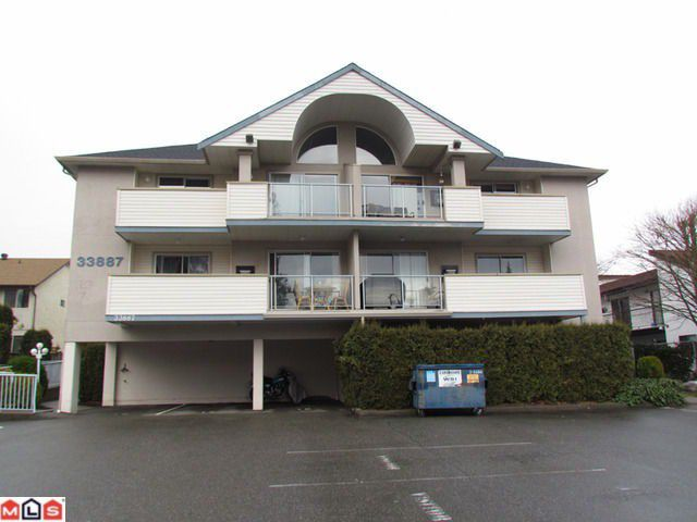 Main Photo: 104 33887 MARSHALL Road in Abbotsford: Central Abbotsford Condo for sale : MLS®# F1202856