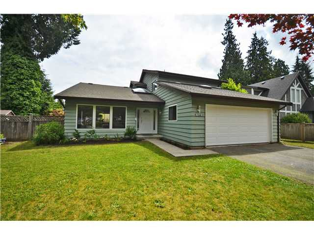 "Main Photo: 3372 CORNWALL Street in Port Coquitlam: Lincoln Park PQ House for sale in ""LINCOLN PARK"" : MLS®# V1017778"