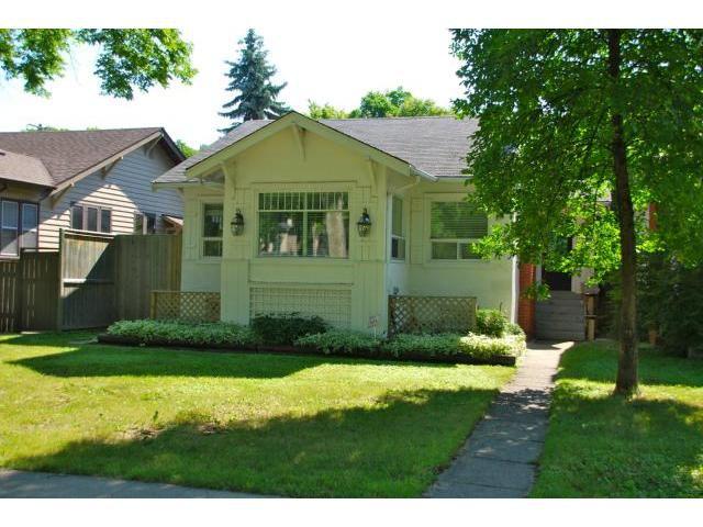Main Photo: 222 Queenston Street in WINNIPEG: River Heights / Tuxedo / Linden Woods Residential for sale (South Winnipeg)  : MLS®# 1315651