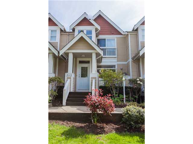 Main Photo: 212 E 10TH ST in North Vancouver: Central Lonsdale Condo for sale : MLS®# V1061557
